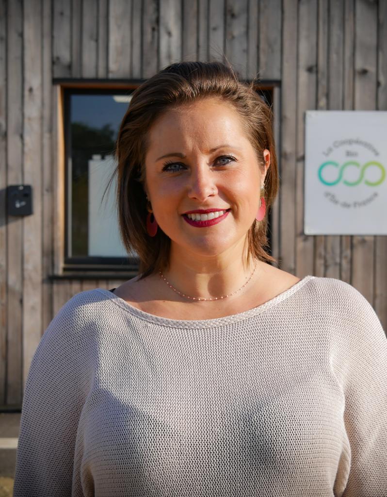 Mathilde Biennard, Administration des ventes